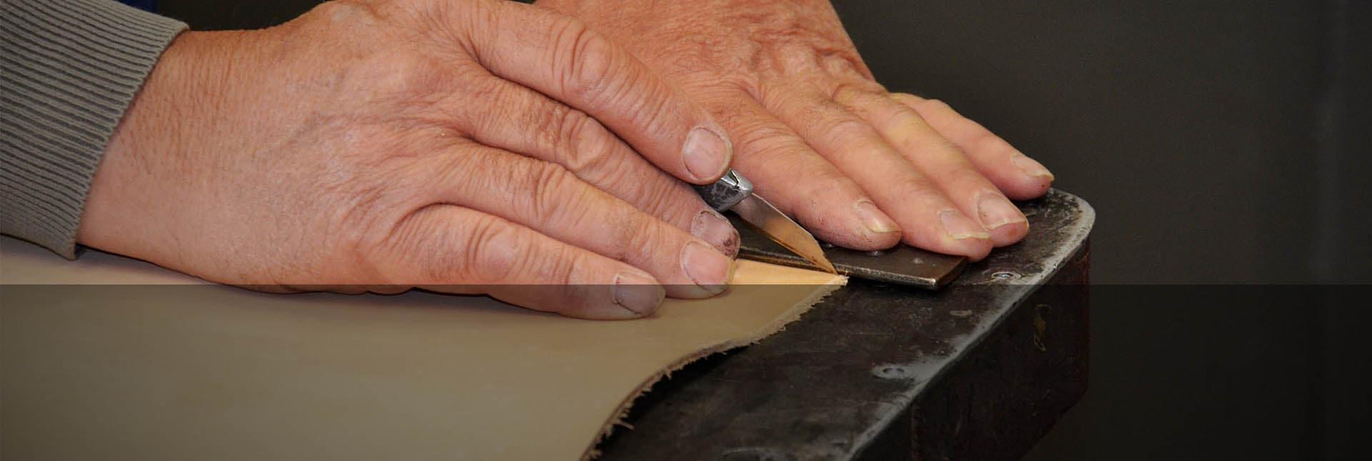 Traditionelles Sattlerhandwerk